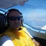 Pilot mit Schwimmweste