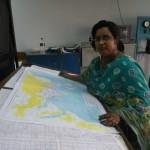 Wetterberatung in Bangladesh mit handgezeichneten Wetterkarten.