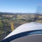 Anflug auf Boonah, in einem dieser Hangar sollte meine Dynamic die naechsten 6 Tage stehen.