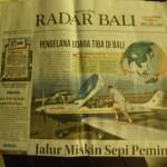 Auf der Titelseite der Bali News, nun eine Beruehmtheit auf Bali!