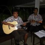 Einheimische Musik verfeinerte das Abendessen