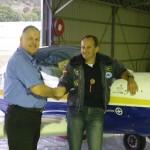 Freundliche Leute von der Luftaufsichtsbehoerde CASA hatten wegen mir einen freien Buerotag, sie wollten mich nur beim Abflug nach Coolingatta verweisen und nicht auf den stark frequentierten Flughafen Brisbane, wie urspruenglich von mir geplant.