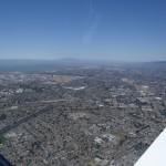 Blick zurueck nach Hayward und die Oaklandbucht