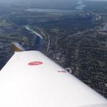 Der Niagara River wie er nach den Wasserfaellen in den Lake Ontario nach Kanada fliesst