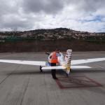 Mein Flugzeug erregt bei der lokalen Presse grosses Aufsehen.
