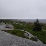 Nova Scotia, eine interessante Halbinsel im Osten Kanadas, mit abgeschliffenen Granitsteinen und Fichten und Tannen und vielen kleinen Seen. Im Sommer bei Hitze eine echte Gelsenplage.