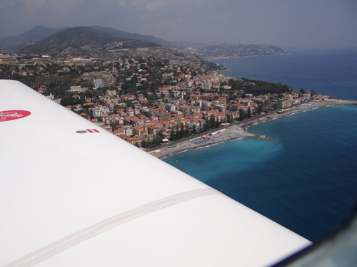 Italienische Riviera in 500 ft über Meer